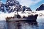 Petroleros y transportes en la Armada de Chile.